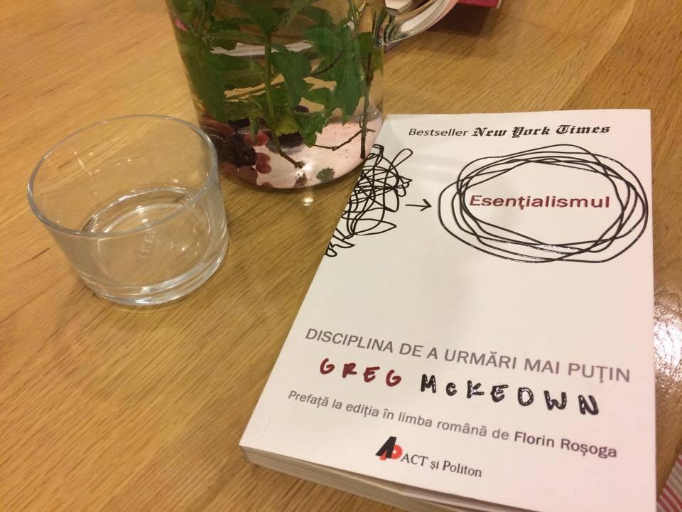 Esențialismul – Cum Să Menții Curat șifonierul Vieții Tale