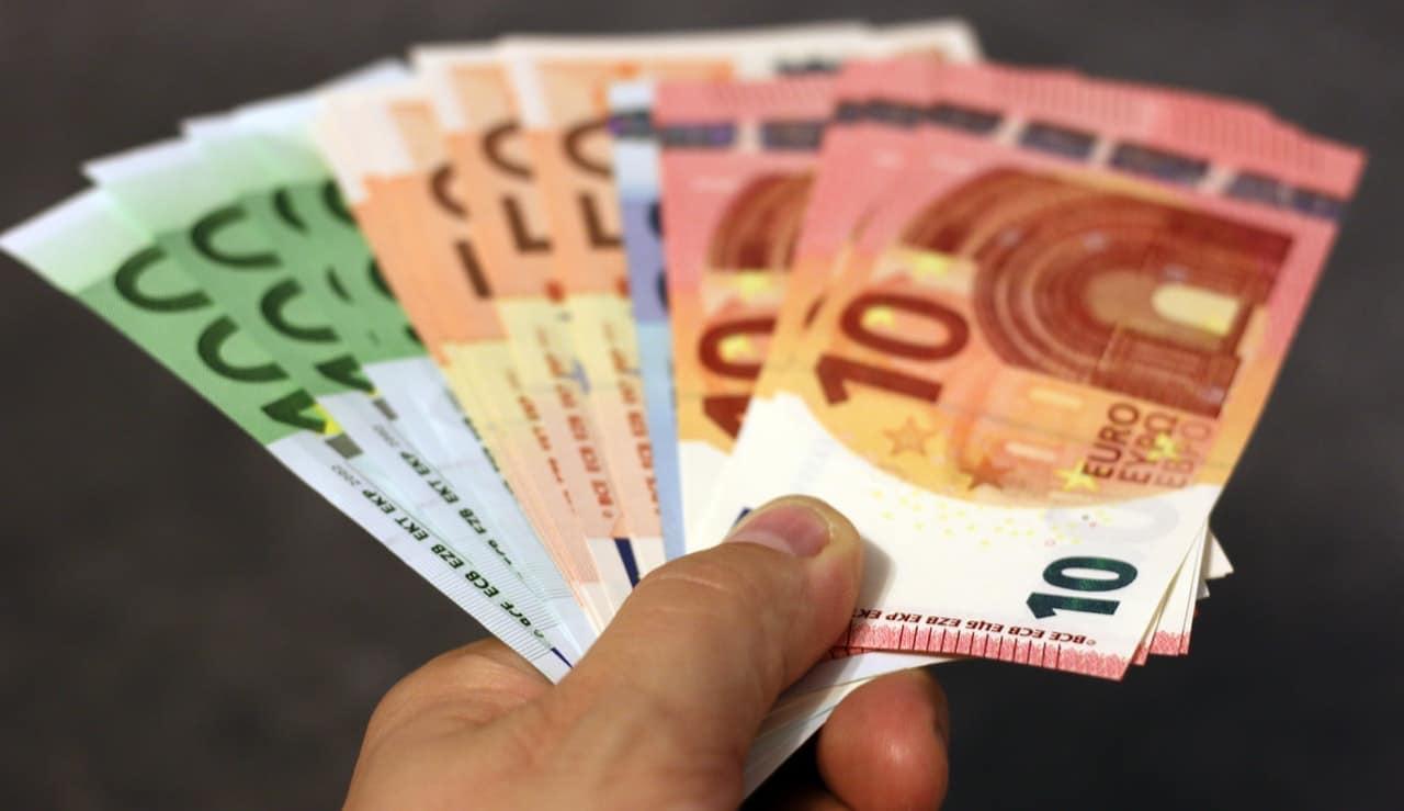 Care-i Valoarea Reală A Banilor? Hai Să Vorbim Despre Bani și Ce înseamnă Ei De Fapt